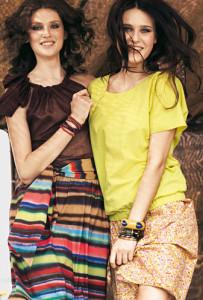 две блузы