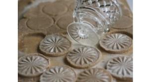 oriкрасивое печенье ginal_Life-Hacks-natalizi-formine-per-biscotti