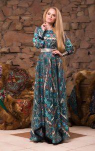 платье темное с синим