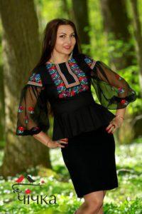 bluzka-s-vyishivkoy